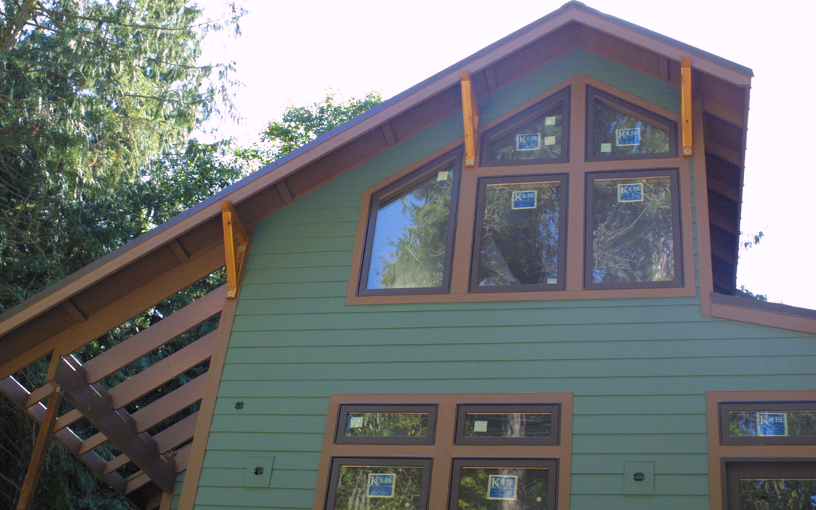 Dark Green Siding White With Perfect